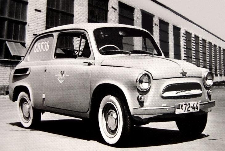 Для кого в СССР в 60-х годах создали праворульный автомобиль ЗАЗ-965С?
